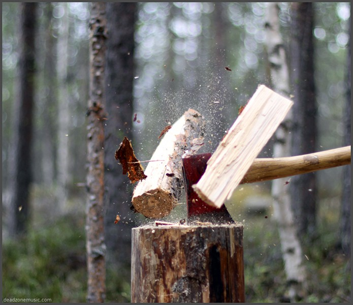 Image copyright Panu Savolainen. http://www.merchantandmakers.com/traditional-skills-how-to-care-for-your-axe/